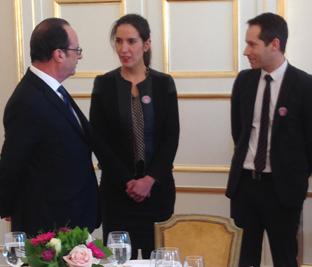 Des-fabricants-textiles-vosgiens-expliquent-le-label-au-Président-de-la-République