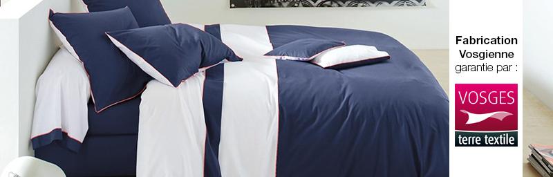 Parure sur marine fabriquée par Blanc des Vosges et labellisée Vosges terre textile