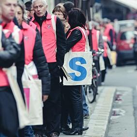 Operation-flashmob-Paris-filiere-textile-vosgienne-40