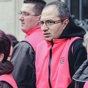 Operation-flashmob-Paris-filiere-textile-vosgienne-42