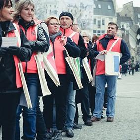 Operation-flashmob-Paris-filiere-textile-vosgienne-64