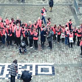 Operation-flashmob-Paris-filiere-textile-vosgienne-77
