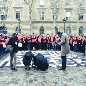 Operation-flashmob-Paris-filiere-textile-vosgienne-80