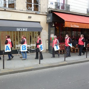 Operation-flashmob-Paris-filiere-textile-vosgienne-93