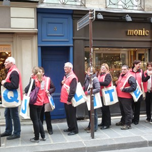 Operation-flashmob-Paris-filiere-textile-vosgienne-98