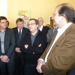 arnaud-montebourg-felicite-linitiative-vosges-terre-textile-fevrier-2014-11