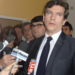 arnaud-montebourg-felicite-linitiative-vosges-terre-textile-fevrier-2014-14