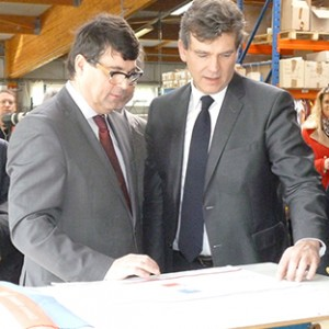 arnaud-montebourg-felicite-linitiative-vosges-terre-textile-fevrier-2014-23